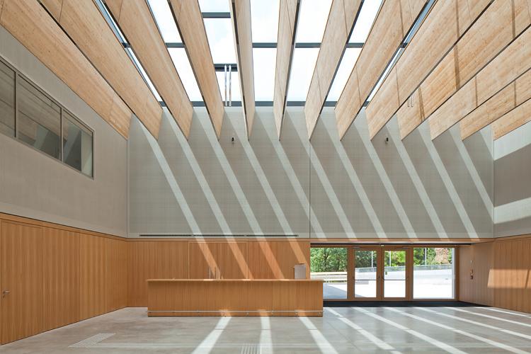 veranstaltungszentrum zirl - wolf architektur - 02 - © christian flatscher - web