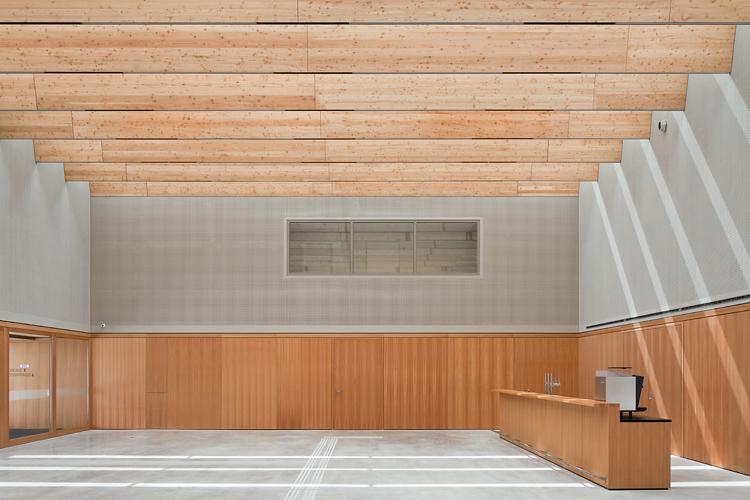 veranstaltungszentrum zirl - wolf architektur - 07 - © christian flatscher - web