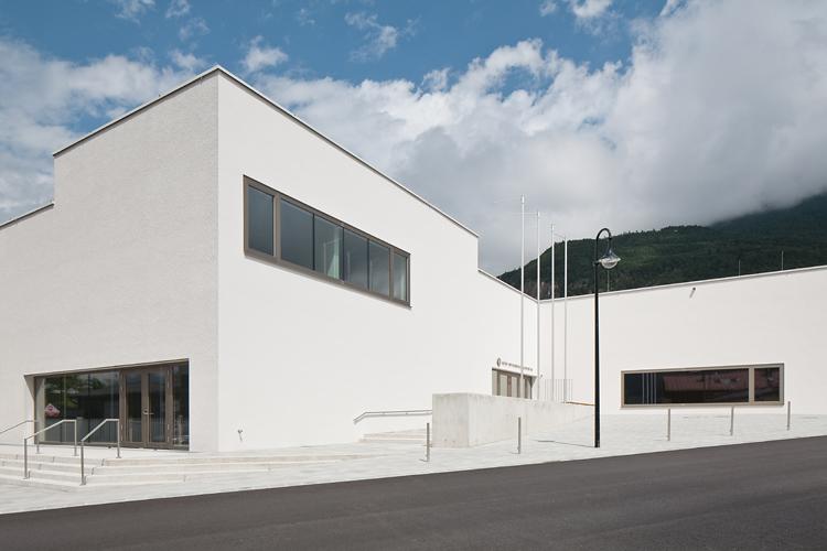 veranstaltungszentrum zirl - wolf architektur - 05 - © christian flatscher - web